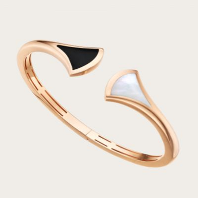 Bvlgari Divas' Dream Bangle Mother Of Pearl & Onyx Rose Gold Plated Modern Jewelry Women'S Gift BR857323