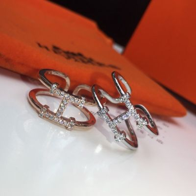 Hermes Best Price Osmose Paved Diamonds H-shaped Charm Females Sweet Style Cuff Ring Silver/Rose Gold Price Malaysia