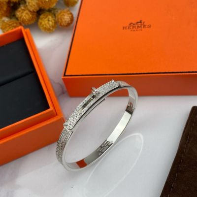 Spring Classic Hermes Kelly Females Paved Diamonds Bangle Turn Clasp Motif  Jewellery Silver/Yellow Gold/Rose Gold