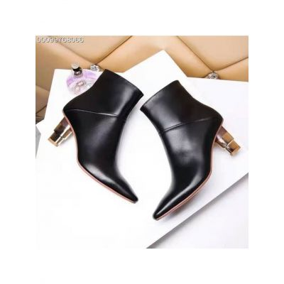 Celebrity Style Versace Black Calfskin Leather Pointy Toe Ladies Two-tone High-Heeled Fashion Zipper Boots