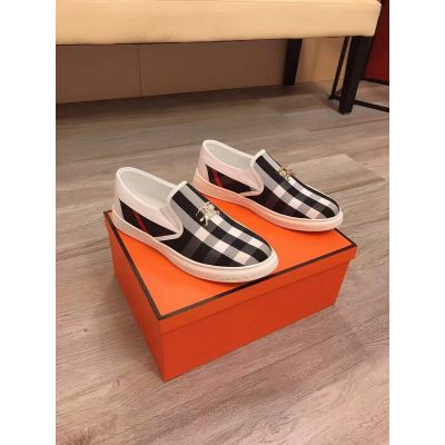 Replica Burberry High End White Leather Fashionable Yellow Gold Logo Signature Mens Check Fabrick Slip-On Sneakers