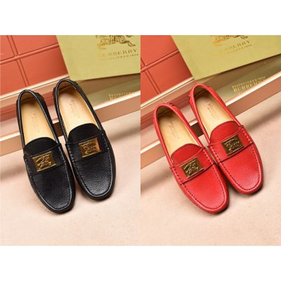 Burberry Yellow Gold Logo Charming Soft Rubber Outsole Mens Leather Loafers For  Outdoor Recreation Red/Black