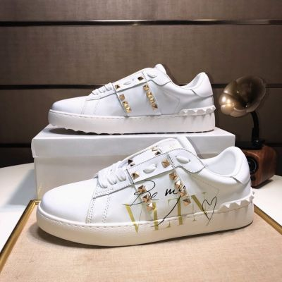 Unisex Valentino Garavani Polished Gold Rockstud Untitled White Calfskin Lace-up Sneakers Trainer Low Price LY0S0931BHS 0BO