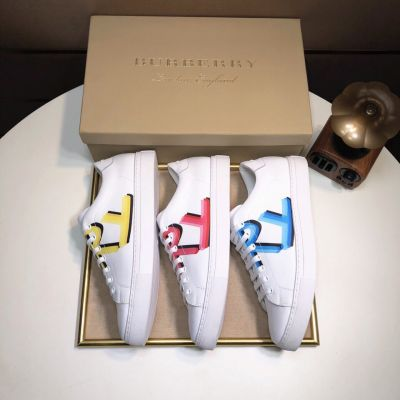 Spring/Fall Classic Style Burberry Logo Print White Leather Sneakers For Mens & Womens Three Colors 40762151/40762171