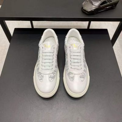 Replica 2021 Men's Popular Dior White Calfskin Leather Logo Oblique Pattern Male Lace-up Sneakers Price List