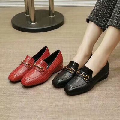 Best Price Bally Ladies Square Toe Gold-plated Buckle Trim Sheepskin Leather Loafers Red/Black