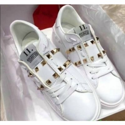 Most Fashion Valentino Number 11 Label Golden Studs Mens White Leather Lace-up Garavani Rockstuds Sneakers  MY2S0931BHS 0BO