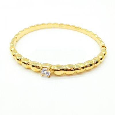 Van Cleef & Arpels Perlee Solitaire Bangle Replica Yellow Gold Bracelet Band With Diamond