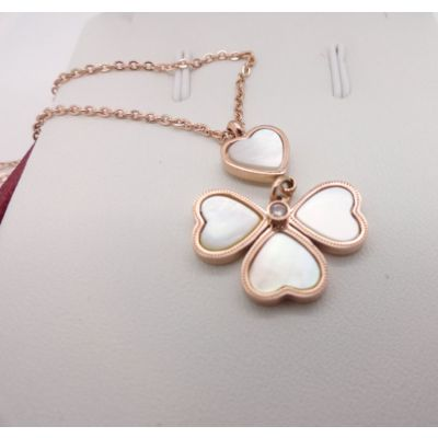Van Cleef & Arpels Lucky Alhambra Necklace Replica Pink Gold White Pearl Clover Pendant Online Store